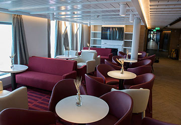 golden_star_ferries_superferry_red_seats