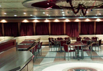 grimaldi_lines_sorrento_self_service_restaurant_seating_area