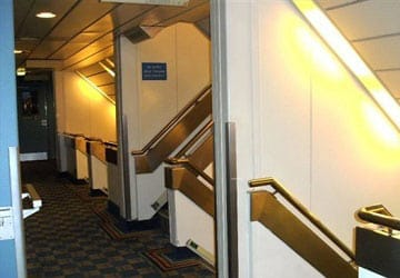 po_ferries_pride_of_york_stairwell