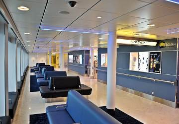 po_ferries_spirit_of_france_shop_and_collect_seating